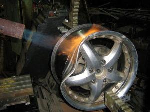 Ремонт колесных дисков - стоит ли оно того