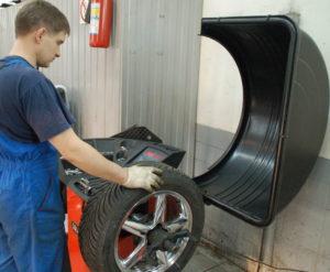 Шиномонтаж - проверка состояния колес