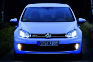 Volkswagen Golf R и обновленный Mitsubishi Outlander