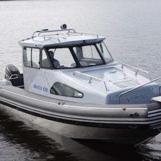 Как установить аккумулятор в лодку