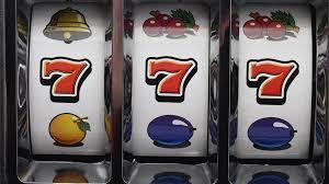 Igrat igrovye avtomaty 777